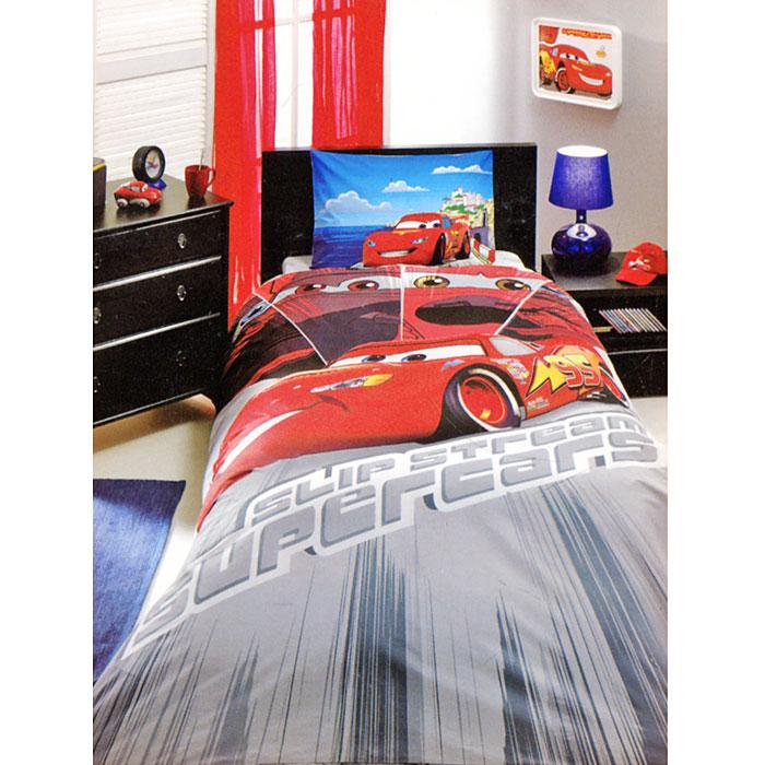Постельное белье Cars Face Movie (1,5 спальный детский КПБ, ранфорс, наволочка 50х70), цвет: красный7012B-8800003418Комплект детского постельного белья Cars Face Movie, изготовленный из натурального хлопка, подарит вашему ребенку встречу с любимым героем полюбившегося мультфильма и порадует яркостью и красочностью дизайна. Комплект состоит из пододеяльника, простыни и наволочки. Комплект постельного белья Cars Face Movie осуществит заветную мечту ребенка окунуться в волшебный мир сказок, а любимые персонажи создадут атмосферу уюта для вашего малыша. Характеристики: Страна: Турция. Материал: ранфорс (100% хлопок). Размер упаковки: 35,5 см х 16 см х 15 см. В комплект входят: Пододеяльник - 1 шт. Размер: 160 см х 220 см. Простыня - 1 шт. Размер: 180 см х 260 см. Наволочка - 1 шт. Размер: 50 см х 70 см. Продукция торговой марки ТАС производится турецким холдингом ZORLU. Она завоевала доверие российских покупателей высоким качеством продукции и тщательно разрабатываемой коллекцией текстильных изделий. Комплекты постельного белья...