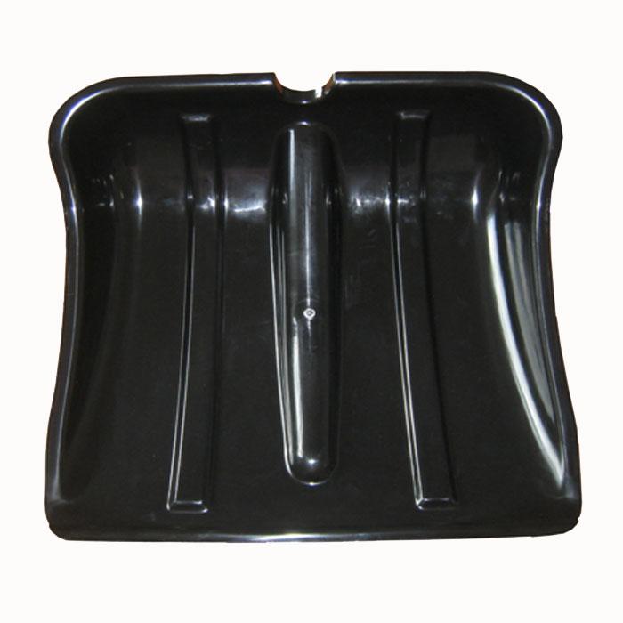 Лопата для уборки снега Аляска, без черенка, 38 х 36 смКОВШЛопата Аляска, выполненная из высококачественного пластика черного цвета, станет незаменимым помощником во время уборки снега. Благодаря вогнутой форме он очень вместительный, что позволит вам быстрее справиться с задачей по очистке территории после снегопада. Характеристики: Материал: пластик. Размер ковша: 38 см х 36 см х 12,5 см. Диаметр отверстия для черенка: 3,3 см.