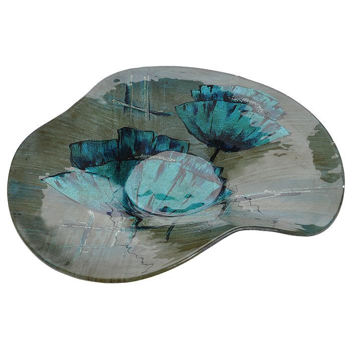 Блюдо Lillo Glass, цвет: светло-коричневый, синий, 38,5 см х 36 см х 6 см115510Блюдо Lillo Glass, изготовленное из стекла светло-коричневого цвета, декорировано рисунком синих цветов и серебристых блесток. Такое блюдо сочетает в себе изысканный дизайн с максимальной функциональностью. Красочность оформления придется по вкусу тем, кто предпочитает утонченность и изящность.Блюдо Lillo Glass украсит сервировку вашего стола и подчеркнет прекрасный вкус хозяина, а также станет отличным подарком. Характеристики:Материал: стекло. Цвет: светло-коричневй, синий. Размер блюда:38,5 см х 36 см х 6 см. Размер упаковки: 37 см х 38 см х 9,5 см. Артикул: 213060.