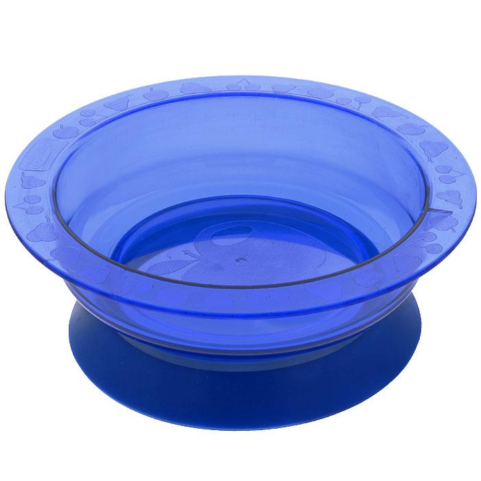 Тарелка на присоске Курносики, цвет: синий17308Пластиковая тарелочка Курносики синего цвета с удобной присоской, идеально подойдет для кормления малыша, и самостоятельного приема им пищи. Специальное резиновое кольцо-присоска фиксирует тарелочку на столе, благодаря чему она не упадет, еда не прольется, а ваш малыш будет доволен. Характеристики: Материал: пластик, ПВХ. Рекомендуемый возраст: от 5 месяцев. Высота тарелки: 5 см. Внешний диаметр тарелки: 17,5 см. Внутренний диаметр тарелки: 14 см Диаметр присоски: 14 см.