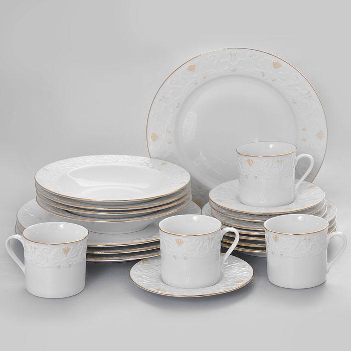 Набор столовый Vitesse Britney, 20 предметовVS-1513Столовый набор Britney, выполненный из высококачественного белого фарфора, оформлен рельефным узором и золотистой эмалью. Он создаст отличное настроение во время обеда и понравится каждой хозяйке. В набор входят 4 чашки, 4 блюдца, 4 салатницы, 4 глубоких тарелки и 4 мелких тарелки. Такой столовый набор придется по вкусу и ценителям классики, и тем, кто предпочитает утонченность и изысканность. Практичный и современный дизайн делает набор довольно простым и удобным в эксплуатации. Все предметы набора нельзя мыть в посудомоечной машине и использовать в микроволновой печи. Характеристики: Материал: фарфор. Диаметр чашки по верхнему краю: 8 см. Высота чашки: 7,5 см. Объем чашки: 275 мл. Диаметр блюдца: 16 см. Диаметр глубокой тарелки: 22 см. Высота глубокой тарелки: 4 см. Диаметр мелкой тарелки: 19 см. Диаметр салатника:27 см. Размер упаковки: 34 см х 26 см х 28 см. Артикул: VS-1513.
