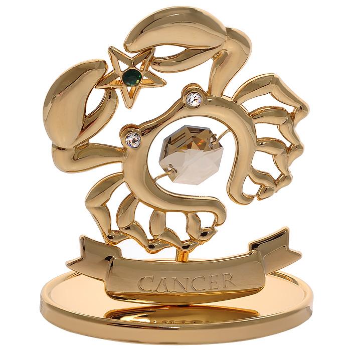 Фигурка декоративная Знак зодиака Рак, цвет: золотистый67231Декоративная фигурка Знак зодиака Рак, золотистого цвета, станет необычным аксессуаром для вашего интерьера и создаст незабываемую атмосферу. Кристаллы, украшающие фигурку, носят громкое имя Swarovski. Ограненные, как бриллианты, кристаллы блистают сотнями тысяч различных оттенков. Эта очаровательная вещь послужит отличным подарком близкому человеку, родственнику или другу, а также подарит приятные мгновения и окунет вас в лучшие воспоминания. Фигурка упакована в подарочную коробку. Характеристики: Материал: металл (углеродистая сталь, покрытие золотом 0,05 микрон), австрийские кристаллы. Размер фигурки: 6,3 см х 7,5 см х 3,2 см. Цвет: золотистый. Размер упаковки: 9,5 см х 11,5 см х 4,5 см. Артикул: 67231. Более чем 30 лет назад компания Crystocraft выросла из ведущего производителя в перспективную торговую марку, которая задает тенденцию благодаря безупречному чувству красоты и стиля. Компания создает изящные,...
