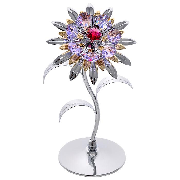 Фигурка декоративная Хризантема, цвет: серебристый67264Декоративная фигурка Хризантема, серебристого цвета, станет необычным аксессуаром для вашего интерьера и создаст незабываемую атмосферу. Фигурка выполнена в виде цветка хризантемы на подставке и инкрустирована разноцветными кристаллами. Кристаллы, украшающие фигурку, носят громкое имя Swarovski. Ограненные, как бриллианты, кристаллы блистают сотнями тысяч различных оттенков. Эта очаровательная вещь послужит отличным подарком близкому человеку, родственнику или другу, а также подарит приятные мгновения и окунет вас в лучшие воспоминания. Фигурка упакована в подарочную коробку.