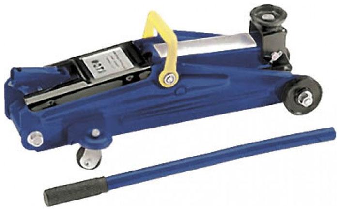 Домкрат подкатной FIT 64486, в кейсе, 2 т64486Классический подкатной домкрат FIT поставляется в комплекте с держателем для рукоятки, а также кейсом для удобного хранения. Усиленная металлическая конструкция позволяет без особых усилий поднять автомобиль для осуществления ремонтных работ. Характеристики: Грузоподъемность: до 2 тонн. Максимальная высота подъема: 350 мм. Материал: металл. Размер упаковки: 47 см х 14 см х 23 см.