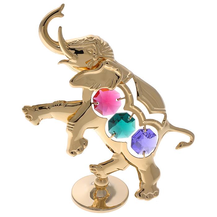 Фигурка декоративная Слоник, цвет: золотистый67627Декоративная фигурка Слоник, золотистого цвета, станет необычным аксессуаром для вашего интерьера и создаст незабываемую атмосферу. Фигурка выполнена в виде слона на подставке и инкрустирована разноцветными кристаллами. Кристаллы, украшающие фигурку, носят громкое имя Swarovski. Ограненные, как бриллианты, кристаллы блистают сотнями тысяч различных оттенков. Эта очаровательная фигурка послужит отличным функциональным подарком, а также подарит приятные мгновения и окунет вас в лучшие воспоминания. Фигурка упакована в подарочную коробку.