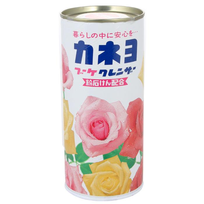 Порошок чистящий Kaneyo, с ароматом цветов, 400 г210056Чистящий порошок Kaneyo с приятным цветочным ароматом предназначен для мытья и чистки посуды, кухонной утвари, кухонных плит, раковин и других поверхностей на кухне и в ванной комнате. Благодаря особому моющему составу, порошок без особых усилий справляется даже со стойкими загрязнениями. Устраняет неприятные запахи и размножение микробов. Средство не применяется для: стеклянных и зеркальных поверхностей, лакированных изделий, изделий из кожи, драгоценных металлов, керамики и фарфора с металлическими вкраплениями, изделий из камня. Характеристики: Вес: 400 г. Артикул: 210056. Товар сертифицирован.