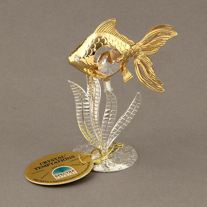 Сувенир Золотая рыбка, цвет: золотистый, серебристый. 692740692740Оригинальный сувенир выполнен из металла в виде рыбки в водорослях и украшен белыми кристаллами Swarovski. Поставьте фигурку на стол в офисе или дома и наслаждайтесь изящными формами и блеском кристаллов. Изысканный и эффектный, этот сувенир покорит своей красотой и изумительным качеством исполнения, а также станет замечательным и оригинальным подарком. Характеристики: Материал: металл, кристаллы Swarovski. Размер сувенира: 3,5 см х 6 см х 9,5 см. Диаметр основания: 4 см. Цвет: золотистый, серебристый. Размер упаковки: 6,5 см х 5 см х 9 см. Артикул: 692740.