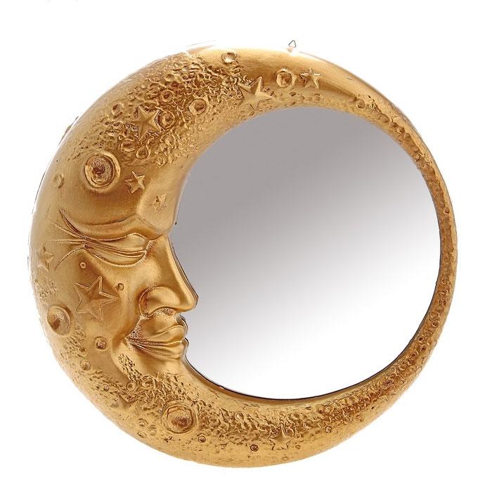 Зеркало интерьерное Месяц, цвет: золотистый. 654416654416Декоративное зеркало в золотистой раме, выполненной в виде полумесяца, добавит интерьеру яркости и необычности. А преподнеся такое зеркало в качестве презента, вы сможете удивить получателя своей фантазией и неординарностью подхода к выбору подарка! Характеристики: Материал: пластик, стекло. Размер зеркала (в раме): 6 см x 32 см x 32 см. Артикул: 654416.