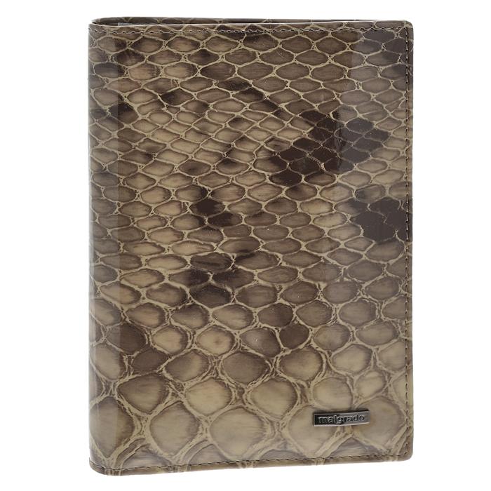 Обложка для паспорта Malgrado, цвет: бежевый. 54019-1-1990254019-1-19902Стильная обложка для паспорта Malgrado изготовлена из натуральной лакированной кожи бежевого цвета. Внутри содержит прозрачное пластиковое окно, съемный прозрачный вкладыш для полного комплекта автодокументов, пять отделений для кредитных и дисконтных карт. Обложка упакована в подарочную картонную коробку с логотипом фирмы. Такая обложка станет замечательным подарком человеку, ценящему качественные и практичные вещи. Характеристики: Материал: натуральная кожа, пластик. Размер обложки: 13,5 см х 9,5 см х 1,5 см. Цвет: бежевый. Размер упаковки: 15,5 см х 11,5 см х 3,5 см. Артикул: 54019-1-19902.