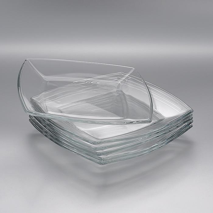 Набор тарелок Tokio, 19,5 х 19,5 см, 6 шт54077BНабор Tokio, выполненный из высококачественного стекла, состоит из шести тарелок квадратной формы, предназначенных для красивой сервировки различных блюд. Изделия, несомненно, понравятся как любителям классики, так и тем, кто предпочитает изысканный стиль. Набор тарелок Tokio великолепно украсит ваш стол и послужит отличным подарком к любому празднику. Характеристики: Материал: натрий-кальций-силикатное стекло. Размер тарелки: 19,5 см x 19,5 см х 2 см. Размер упаковки: 20 см x 20 см х 7,5 см. Изготовитель: Россия. Артикул: 54077B.