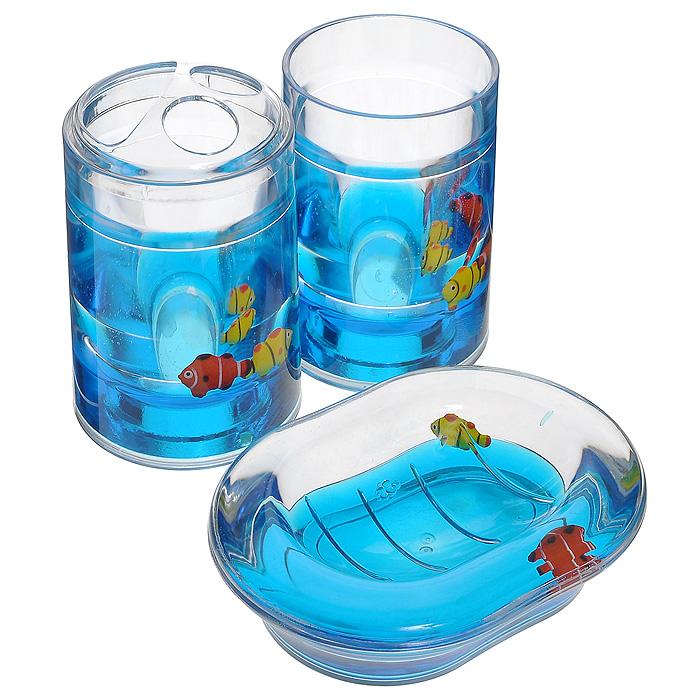 Набор гелевых аксессуаров для ванной комнаты Рыбки, цвет: синий, 3 предмета000-31Набор аксессуаров для ванной комнаты Рыбки состоит из стакана, мыльницы и стакана для зубных щеток. Предметы набора выполнены из прозрачного пластика. Внутри - гелевый наполнитель синего цвета с разноцветными рыбками. Набор Рыбки создаст особую атмосферу уюта и максимального комфорта в ванной.