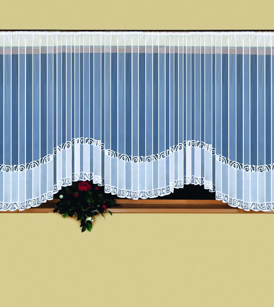 Гардина Weranika, на ленте, цвет: белый, 600 см х 150 см524839Воздушная гардина Weranika, изготовленная из полиэстера белого цвета, станет великолепным украшением любого окна. Тонкое плетение, оригинальный дизайн и приятная цветовая гамма привлекут к себе внимание и органично впишутся в интерьер комнаты. В гардину вшита шторная лента. Фирма Wisan на польском рынке существует уже более пятидесяти лет и является одной из лучших польских фабрик по производству штор и тканей. Ассортимент фирмы представлен готовыми комплектами штор для гостиной, детской, кухни, а также текстилем для кухни (скатерти, салфетки, дорожки, кухонные занавески). Модельный ряд отличает оригинальный дизайн, высокое качество. Ассортимент продукции постоянно пополняется. Характеристики: Материал: 100% полиэстер. Цвет: белый. Размер упаковки: 32 см х 5 см х 25 см. Артикул: 524839. В комплект входит: Гардина - 1 шт. Размер (ШхВ): 600 см х 150 см.