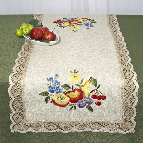 Дорожка для декорирования стола Schaefer, прямоугольная, с ручной вышивкой, 50 x 100 см 6631/395SS 4041Великолепная дорожка Schaefer выполнена из полиэстера с выработкой под лен. По всему краю пришита тесьма с имитацией ручной обвязки. А по всей дорожке вышитые вручную фрукты и ягоды в ярких тонах. Эта дорожка не останется незаметной в вашем доме и поистине будет изысканным украшением, которое можно передавать из поколения в поколение!Благодаря такой дорожке вы защитите поверхность мебели от воды, пятен и механических воздействий, а также создадите атмосферу уюта и домашнего тепла в интерьере вашей квартиры. Изделия из искусственных волокон легко стирать: они не мнутся, не садятся и быстро сохнут, они более долговечны, чем изделия из натуральных волокон. Характеристики:Материал: 100% полиэстер. Размер:50 см х 100 см. Артикул:6631/395. Немецкая компания Schaefer создана в 1921 году. На протяжении всего времени существования она создает уникальные коллекции домашнего текстиля для гостиных, спален, кухонь и ванных комнат. Дизайнерские идеи немецких художников компании Schaefer воплощаются в текстильных изделиях, которые сделают ваш дом красивее и уютнее и не останутся незамеченными вашими гостями. Дарите себе и близким красоту каждый день!