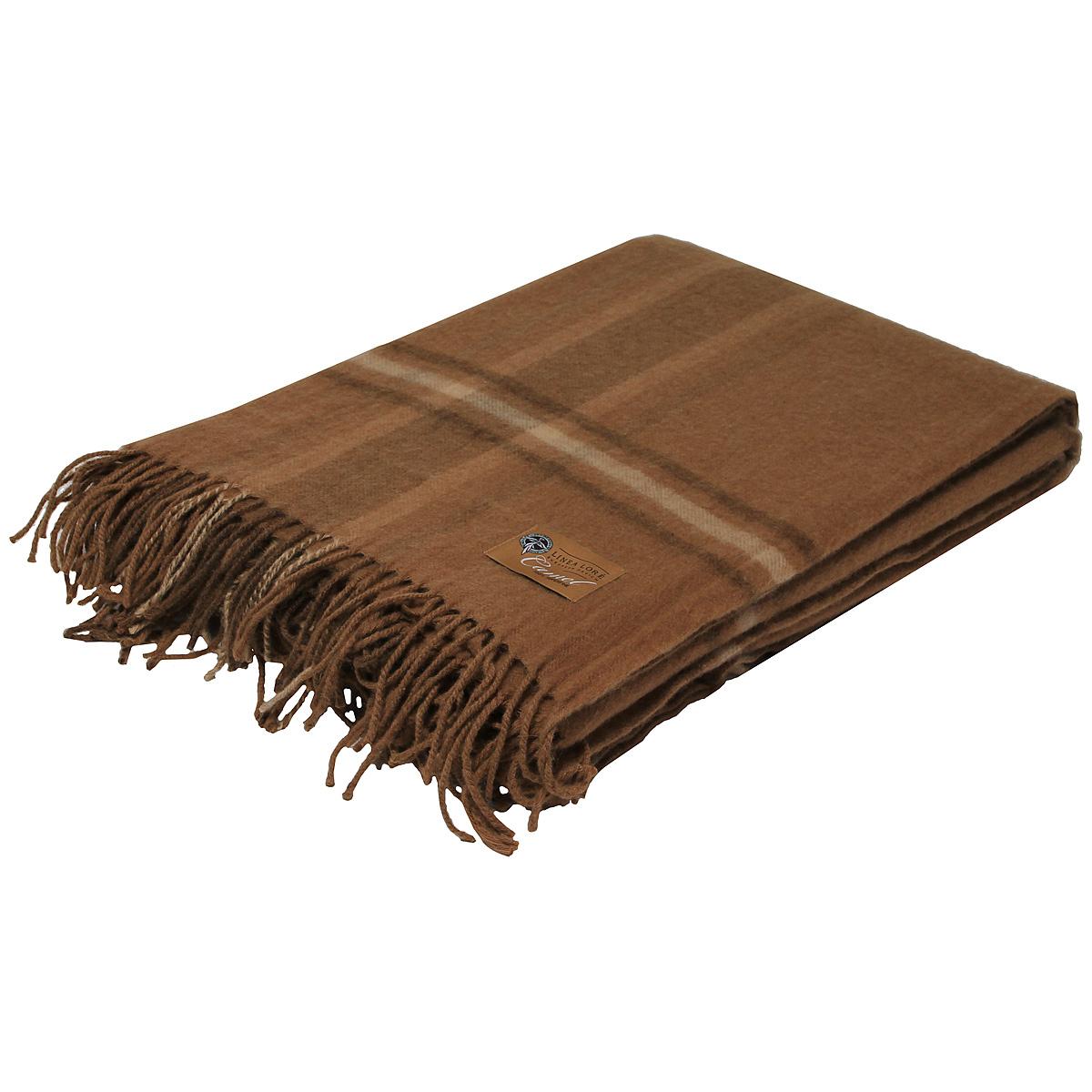 Плед Chingiz Khan, 140 х 200 см 1-331-140_051-331-140_05Мягкий плед Chingiz Khan, выполненный из сверхтонкой верблюжьей пуховой шерсти, добавит комнате уюта и согреет в прохладные дни. Удобный размер этого очаровательного пледа позволит использовать его и как одеяло, и как покрывало для кресла или софы. Такое теплое украшение может стать отличным подарком друзьям и близким! Под шерстяным пледом вам никогда не станет жарко или холодно, он помогает поддерживать постоянную температуру тела. Шерсть обладает прекрасной воздухопроницаемостью, она поглощает и нейтрализует вредные вещества и славится своими целебными свойствами. Плед из шерсти станет лучшим лекарством для людей, страдающих ревматизмом, радикулитом, головными и мышечными болями, сердечно-сосудистыми заболеваниями и нарушениями кровообращения. Шерсть не электризуется. Она прочна, износостойка, долговечна. Наконец, шерсть просто приятна на ощупь, ее мягкость и фактура вызывают потрясающие тактильные ощущения! Характеристики: Материал: 100% сверхтонкая...