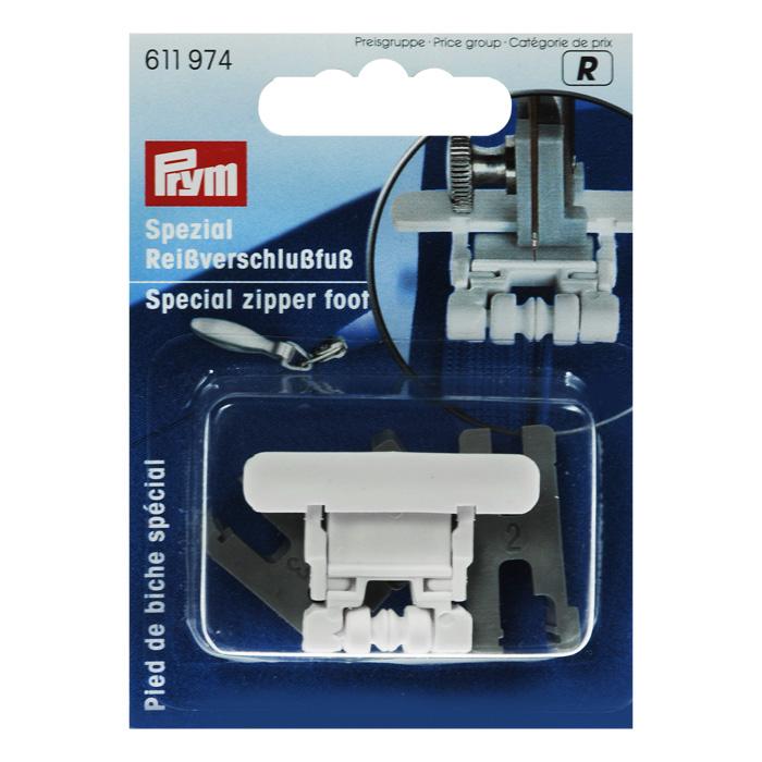 Лапка Prym, для притачивания потайных застежек-молний611974Специальная лапка Prym для бытовых швейных машин, предназначена для притачивания потайных застежек-молний. Данное устройство значительно облегчает притачивание потайных застежек-молний. Характеристики: Материал: пластик. Размер лапки: 3,5 см х 2,5 см х 0,4 см. Размер маленького адаптера: 1,7 см х 0,7 см х 1 см. Размер среднего адаптера: 2,2 см х 1 см х 1,2 см. Размер большого адаптера: 3 см х 1,4 см х 0,9 см Размер упаковки: 6,5 см х 9 см х 2 см. Артикул: 611974. УВАЖАЕМЫЕ КЛИЕНТЫ! Обращаем ваше внимание на ассортимент в дизайне упаковки. Качественные характеристики товара и его размеры остаются неизменными. Поставка осуществляется в зависимости от наличия на складе.
