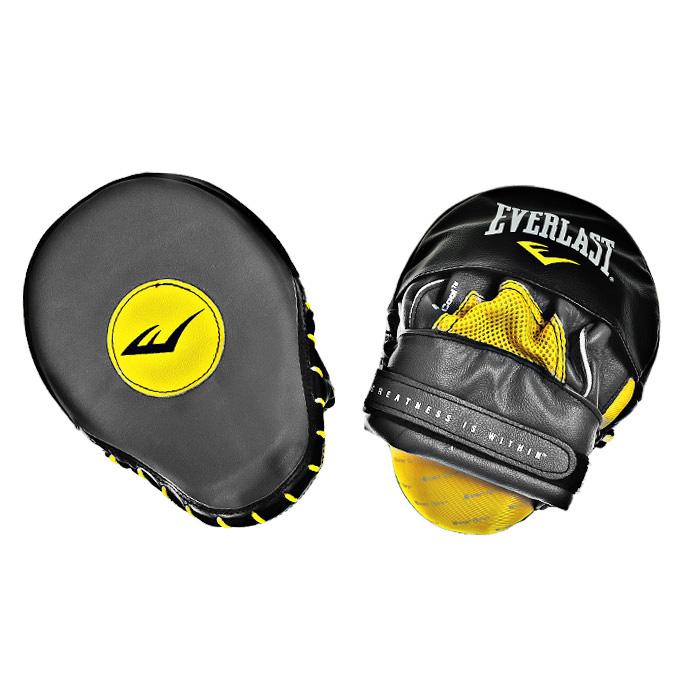 Лапы боксерские Everlast Mantis Punch Mitts, изогнутые, цвет: серый, желтый, черный, 2 шт410001UПрофессиональные боксерские лапы Everlast Mantis Punch Mitts предназначены для занятий боксом и единоборствами. Лапы выполнены из мягкой натуральной кожи. Высококачественный пенный наполнитель тренерских лап превосходно держит удар и защищает кисти рук тренера при подготовке подопечного к бою. Форма наручного снаряда и удобное крепление, надежно поддерживающее запястье, позволяет выдержать удары спортсменов. Фиксатор в виде перчатки, надежно удерживает запястье, уберегая суставы рук от травм. Характеристики: Материал: натуральная кожа, текстиль, пластик. Размер лапы: 18 см х 24 см х 13 см. Толщина наполнителя: 5 см. Изготовитель: Китай. Артикул: 410001U.
