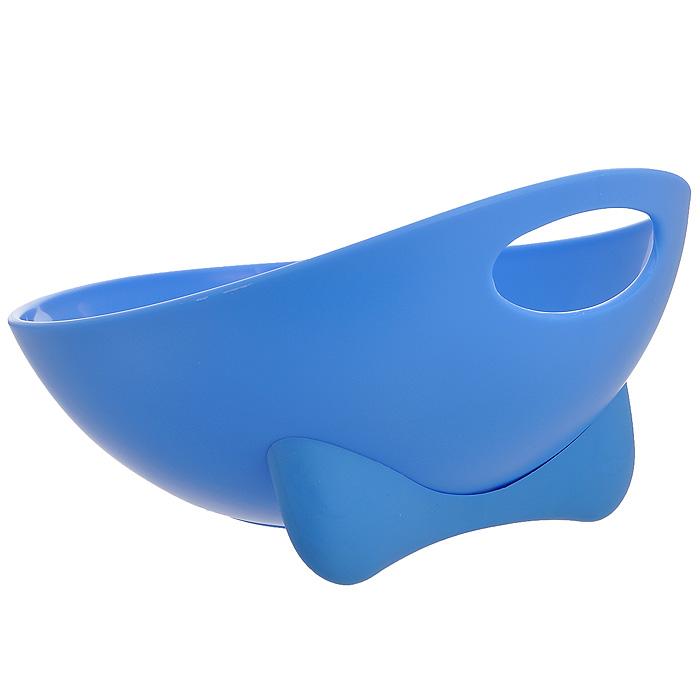 Миска для животных Ziver, цвет: голубой, 700 мл40.ZV.211Дизайнерская миска Ziver - это посуда с удобной для животных анатомической формой. Миска выполнена из пластика с глянцевой поверхностью внутри, а снаружи - матовой. За счет разных поверхностей миска легко моется водой. Съемная утяжеленная резиновая ножка не позволяет миске скользить по полу. Порадуйте своего питомца яркой и удобной миской для корма. Объем: 700 мл. Диаметр миски по верхнему краю: 19,5 см. Высота стенок: 11,5 см.