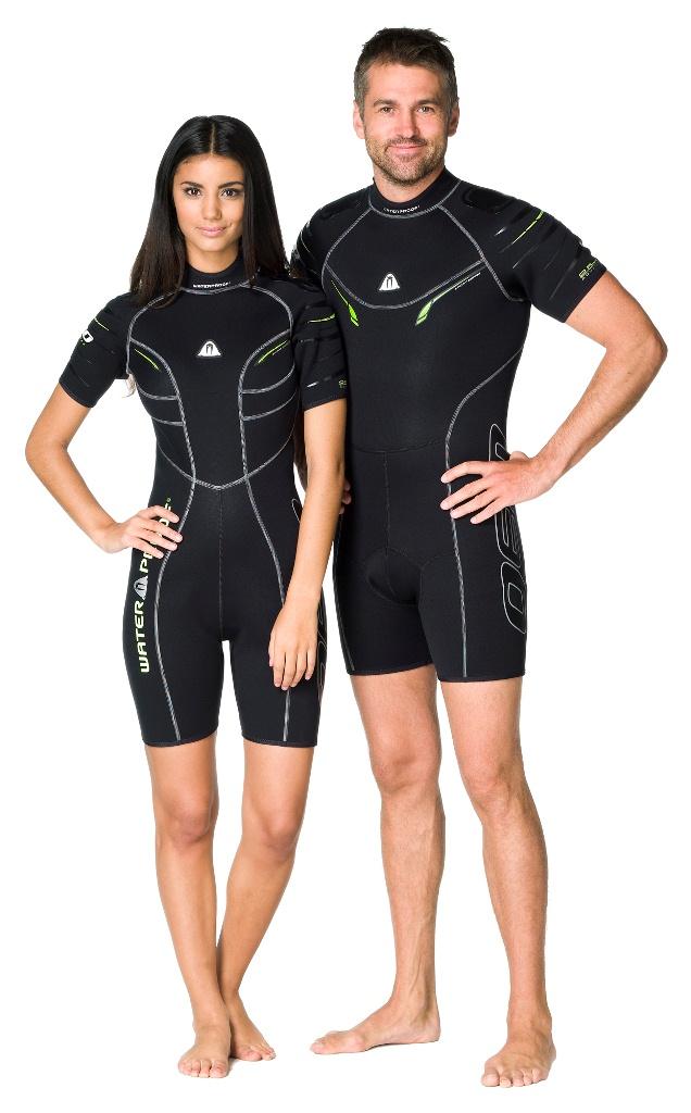 Гидрокостюм Waterproof Shorty W30 мужской (M)WP 301123Этот стильный короткий костюм - производная от полного гидрокостюма W30. Эластичный материал и тянущиеся плоские швы обеспечивают максимально возможную свободу движений - то что нужно любителям водных видов спорта. Накладки на плечах не скользят и защищают материал костюма от истирания. Молния с бегунком из нержавеющей стали. Нескользящее покрытие сзади.