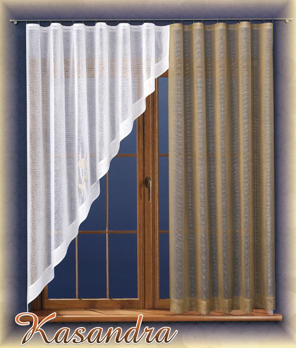 Комплект штор для кухни Kasandra, на ленте, цвет: бежевый, белый, высота 180 смS03301004Комплект штор Kasandra, изготовленный из полиэстера, органично впишется в интерьер кухни. В набор входят одна прямая штора бежевого цвета и одна белая штора с косым раскроем в виде треугольника. Тонкое плетение и оригинальный дизайн привлекут к себе внимание и органично впишутся в интерьер комнаты. Все предметы комплекта на шторной ленте для собирания в сборки. Характеристики:Материал: 100% полиэстер. Цвет: бежевый, белый. Размер упаковки:25 см х 6 см х 32 см. Артикул: 716500.В комплект входит: Штора белая - 1 шт. Размер (ШхВ): 220 см х 180 см. Штора бежевая - 1 шт. Размер (ШхВ): 140 см х 180 см.Фирма Wisan на польском рынке существует уже более пятидесяти лет и является одной из лучших польских фабрик по производству штор и тканей. Ассортимент фирмы представлен готовыми комплектами штор для гостиной, детской, кухни, а также текстилем для кухни (скатерти, салфетки, дорожки, кухонные занавески). Модельный ряд отличает оригинальный дизайн, высокое качество. Ассортимент продукции постоянно пополняется.