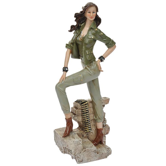 Статуэтка Хаки ей к лицу, высота 31 см514-1046Статуэтка Хаки ей к лицу, выполненная из полистоуна, станет отличным украшением интерьера вашего дома или офиса. Статуэтка выполнена в виде девушки в одежде цвета хаки. Вы можете поставить статуэтку в любом месте, где она будет удачно смотреться, и радовать глаз. Также она может стать оригинальным подарком для всех любителей стильных вещей. Характеристики: Материал: полистоун. Размер статуэтки (Ш х Д х В): 12 см х 8 см х 31 см. Размер упаковки: 11,5 см х 16 см х 36 см. Артикул: 514-1046.