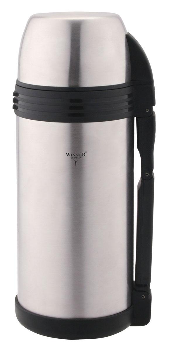 Термос металлический с ручкой Winner + дополнительная пластиковая чашка, с широким горлом, цвет: металлик, 1,2 л115510Термос Winner представляет собой сосуд, двойные стенки которого выполнены из высококачественной нержавеющей стали. Термос закрывается винтовой пробкой. На корпус навинчивается крышка. Термос поможет вам сохранить горячими или холодными ваши любимые напитки, первые и вторые блюда.В комплекте дополнительная пластиковая чашка. Термос оснащен ремнем и удобной ручкой. Характеристики: Материал: нержавеющая сталь, пластик. Высота (с учетом крышки): 25 см. Диаметр: 10 см. Объем: 1,2 л. Размер в упаковке: 12 см х 12 см х 21 см.