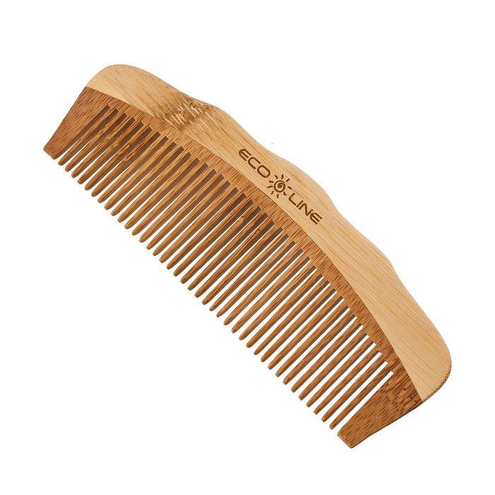 Eco line Solinberg Гребень, карманный. 350-B0483068Гребень Eco Line для волос изготовлен из дерева. Изделия из дерева более прочные, легкие и долговечные. Они прекрасно подходят как для профессионального, так и для домашнего применения. Дерево является самым экологическим чистым материалом. Натуральные изделия обладают антибактериальным эффектом. Характеристики:Материал: дерево. Размер гребня: 16 см х 5,5 см х 0,5 см. Артикул: 350-B048. Производитель: КНР. Товар сертифицирован.