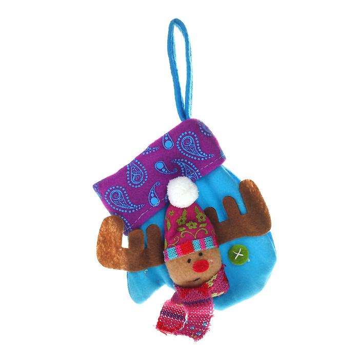 Новогоднее подвесное украшение Варежка, цвет: синий. 2532825328Оригинальное новогоднее украшение выполнено из полиэстера в виде варежки синего цвета. С помощью специальной петельки украшение можно повесить в любом понравившемся вам месте. Но, конечно же, удачнее всего оно будет смотреться на праздничной елке. Новогодние украшения приносят в дом волшебство и ощущение праздника. Создайте в своем доме атмосферу веселья и радости, украшая всей семьей новогоднюю елку нарядными игрушками, которые будут из года в год накапливать теплоту воспоминаний. Коллекция декоративных украшений из серии Magic Time принесет в ваш дом ни с чем несравнимое ощущение волшебства!