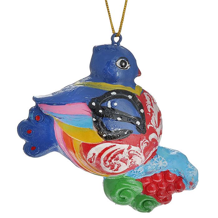 Новогоднее подвесное украшение Курочка. 3049230492Изящное новогоднее украшение Курочка выполнено из полирезины. С помощью специальной текстильной петельки украшение можно повесить в любом понравившемся вам месте. Но, конечно, удачнее всего такая игрушка будет смотреться на праздничной елке. Новогодние украшения приносят в дом волшебство и ощущение праздника. Создайте в своем доме атмосферу веселья и радости, украшая всей семьей новогоднюю елку нарядными игрушками, которые будут из года в год накапливать теплоту воспоминаний. Характеристики: Материал: полирезина. Размер украшения: 8 см х 6 см х 3,5 см. Артикул: 30492.