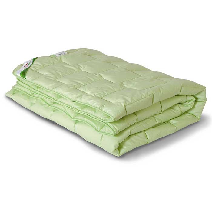 Одеяло теплое OL-Tex Бамбук, 172 см х 205 см. ОБТ-18-4S03301004Чехол теплого одеяла OL-Tex Бамбук выполнен из мягкого приятного на ощупь материала тик/перкаль. Наполнитель - волокно на основе бамбука с полиэстером.Натуральные, экологически чистые бамбуковые волокна обладают необыкновенными свойствами. Микропористая структура волокон препятствует накоплению пыли и образованию запахов. Данные изделия дышат и прекрасно впитывают и испаряют влагу. От природы бамбук обладает мощным дезодорирующим и антибактериальным эффектом. В подушках и одеялах не заводятся пылевые клещи, такие изделия прекрасно подходят людям, страдающим аллергией и астмой. Продукция из бамбукового волокна является прочной, долговечной и износостойкой, не теряет своего первоначального цвета и сохраняет свои неповторимые свойства даже после многочисленных стирок и сушек.Великолепное теплое одеяло из коллекции Бамбук согреет вас даже в очень холодное время года. При этом бамбуковое одеяло очень легкое, а эксклюзивная стежка с атласным кантом придает изделию красивый внешний вид, который сохранится даже после многократных стирок. Полезные свойства бамбука предотвратят аллергию, а также остановят рост и развитие бактерий.Одеяло OL-Tex Бамбук - достойный выбор современной хозяйки!Рекомендации по уходу:- Стирка в теплой воде (температура до 30°С),- Нельзя отбеливать. При стирке не использовать средства, содержащие отбеливатели (хлор),- Сушить вертикально без отжима, - Не гладить. Не применять обработку паром,- Нельзя выжимать и сушить в стиральной машине. Характеристики: Материал чехла: тик/перкаль (100% хлопок). Наполнитель: волокно на основе бамбука, полиэстер. Плотность: 300 г/м2. Размер одеяла: 172 см х 205 см. Размеры упаковки: 55 см х 45 см х 15 см. Артикул: ОБТ-18-4.УВАЖАЕМЫЕ КЛИЕНТЫ! Обращаем ваше внимание на возможные изменения в цветовом дизайне товара, связанные с ассортиментом продукции. Поставка осуществляется в зависимости от наличия на складе.