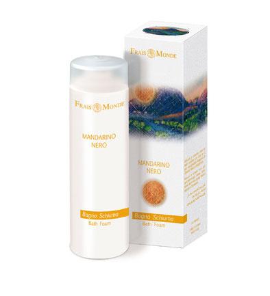 Frais Monde Пена для ванны и гель для душа Черный мандарин, 200 млFMFBD17Нежная и мягкая пена Frais Monde Белый мускус и грейпфрут для расслабляющей ванны, обволакивает кожу и оставляет приятный аромат. Благодаря особой мягкой формуле пену для ванны можно использовать в качестве геля для душа. Не содержит лауретсульфат натрия, не нарушает естественный PН баланс кожи, обогащена эфирными маслами. После принятия ванны кожа становится бархатной и увлажненной.