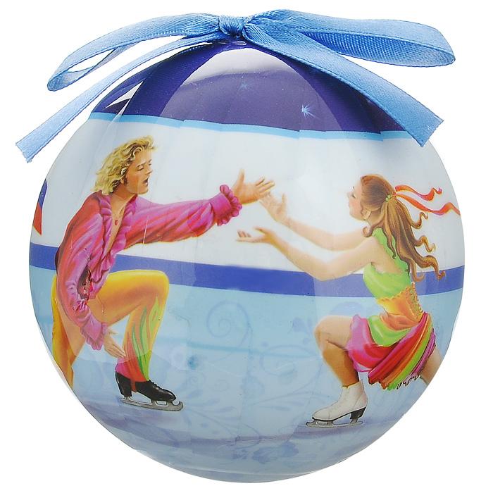 Елочное украшение Шар. Фигурное катание, диаметр 10 см. 2034820348Оригинальное подвесное украшение Шар. Фигурное катание, выполненное из пластмассы, прекрасно подойдет для праздничного декора новогодней ели. Благодаря плотному корпусу изделие никогда не разобьется, поэтому вы можете быть уверены, что оно прослужит вам долгие годы. С помощью атласной ленточки голубого цвета украшение можно повесить на праздничную елку. Елочная игрушка - символ Нового года. Она несет в себе волшебство и красоту праздника. Создайте в своем доме атмосферу веселья и радости, украшая новогоднюю елку нарядными игрушками, которые будут из года в год накапливать теплоту воспоминаний. Характеристики: Материал: пластмасса (вспененный полистирол), текстиль. Диаметр шара: 10 см. Размер упаковки: 11 см х 11 см х 15 см. Производитель: Россия. Изготовитель: Китай. Артикул: 20348.