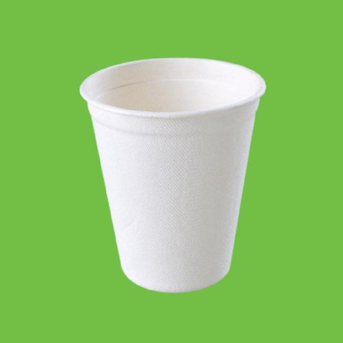 Набор стаканов Gracs, биоразлагаемых, цвет: белый, 260 мл, 10 штL051Набор Gracs состоит из 10 биоразлагаемых стаканов, выполненных из экологически чистого материала - сахарного тростника. Материал не содержит токсинов и канцерогенов. Набор Gracs можно использовать как для холодных, так и для горячих продуктов. Набор можно использовать в микроволновой печи. Одноразовая биоразлагаемая посуда Gracs- полезно для здоровья, безопасно для окружающей среды! Высота стакана: 9 см. Диаметр стакана: 8 см.