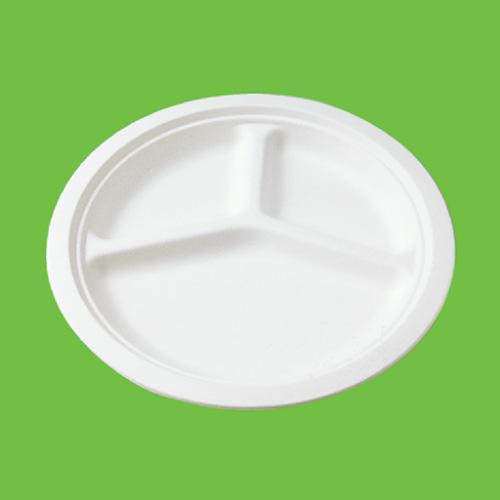 Набор тарелок Gracs, биоразлагаемых, трехсекционных, цвет: белый, диаметр 26 см, 10 штP007Набор Gracs состоит из 10 биоразлагаемых тарелок, выполненных из экологически чистого материала - сахарного тростника. Материал не содержит токсинов и канцерогенов. Тарелки имеют три секции. Набор Gracs можно использовать как для холодных, так и для горячих продуктов. Набор можно использовать в микроволновой печи. Одноразовая биоразлагаемая посуда Gracs- полезно для здоровья, безопасно для окружающей среды! Размер тарелки: 26 см х 26 см х 2 см.