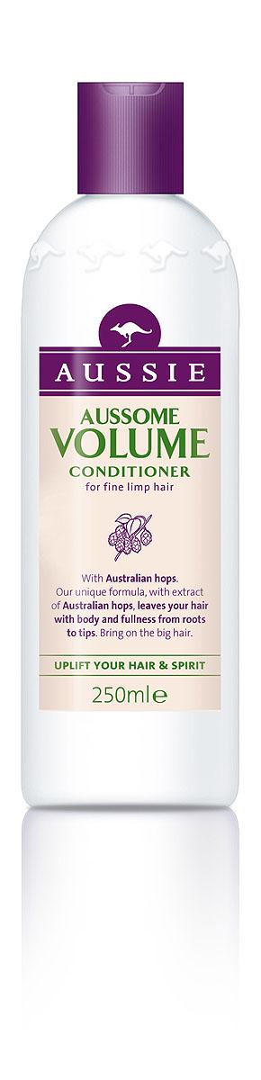 Aussie Бальзам-кондиционер Aussome Volume, для тонких волос, 250 мл81446442Супер-объем для легких на подъем! Некоторым волосам объем можно придать всего двумя способами: либо отменить гравитацию, либо позволить им немного захмелеть. Над первым способом мы продолжаем работать, а вторым уже можно пользоваться. Бальзам-кондиционер Aussie Aussome Volume с экстрактом австралийского хмеля смеется в лицо тонким и безжизненным волосам, возвращая им объем и форму. Содержащиеся в кондиционере протеины, питают волосы, восстанавливая их и защищая от губительного влияния всех остальных средств, которые ты используешь для достижения объема. Так что поверь, даже если ты не любишь пиво, хмельной объем в волосах тебе точно понравится. - Бальзам-ополаскиватель Aussie Aussome Volume так напитает волосы хмелем, протеинами и другими полезными элементами, что они приобретут звездный объем и (пуленепробиваемую) защиту от повреждений. Способ применения: Нанесите на влажные чистые волосы. Промойте теплой водой. Для по-настоящему большого объема...