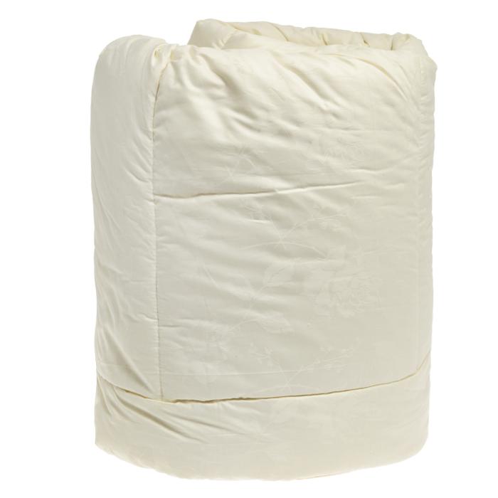 Одеяло теплое OL-Tex Ангора, наполнитель: шерсть ангорской козы, цвет: бежевый, 220 см х 200 смОАС-22-4Чехол теплого одеяла OL-Tex Ангора выполнен из благородного сатина бежевого цвета с геометрическим рисунком. Наполнитель - шерсть ангорской козы с полиэстером. Особенности наполнителя: - прекрасно испаряет влагу, создавая сухое тепло; - гигроскопичен, обладает очень низкой теплопроводностью; - не вызывает аллергических реакций. Издавна козий пух величали не иначе как мягкое золото. Ни одна шерсть не отличается такой мягкостью, нежностью, легкостью и теплотой. Изделия из козьего пуха благотворно влияют на людей, страдающих гипертонией, остеохондрозом, радикулитом, артритом. Помогают в профилактике простудных заболеваний. Сухое и целебное тепло шерсти ангорской козы подарит вам великолепное одеяло с эксклюзивной стежкой и красивым атласным кантом. Нежное, теплое и красивое одеяло - это комфорт и уют в вашей спальне. Одеяло OL-Tex Ангора упаковано в прозрачный пластиковый чехол на змейке с ручками, что является чрезвычайно удобным...