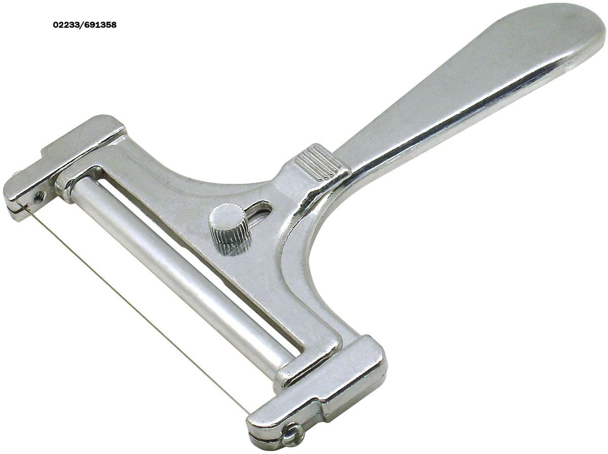 Сырорезка Fackelmann струнная, длина 16 см45861Струнная сырорезка Fackelmann выполнена из алюминиевого сплава. Очень удобная ручка не позволит выскользнуть сырорезке из вашей руки. Регулируемая толщина нарезания сыра. Удобная сырорезка поможет вам быстро и без особого усилия нарезать тонкими или толстыми ломтиками сыр.