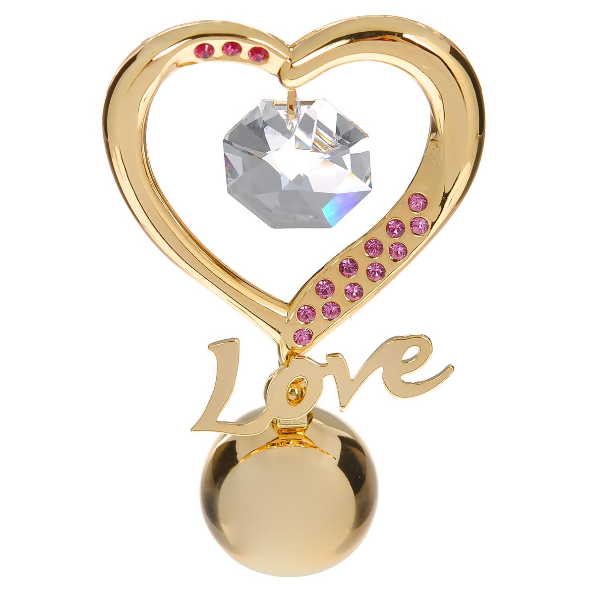 Фигурка декоративная Сердце, цвет: золотистый, розовый. 6719167191Притягательный блеск и невероятная утонченность декоративной фигурки Сердце великолепно дополнят интерьер и, несомненно, не останутся без внимания. Фигурка выполнена из металла с блестящим золотистым покрытием в виде сердечка на шаровидной подставке, украшена надписью Love и стразами и кристаллом Swarovski. Декоративная фигурка Сердце послужит прекрасным подарком ценителю изысканных и элегантных вещиц. Характеристики: Материал: металл, кристаллы Swarovski. Размер фигурки: 4 см х 0,5 см х 7,5 см. Цвет: золотистый, розовый. Артикул: 67191.