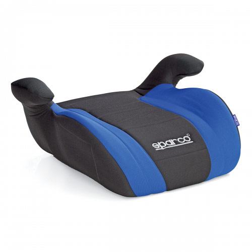 Бустер Sparco, группы 2/3 (15-36 кг/ 4-9 лет), полиэстер, наполнитель: поролон, цвет: черный, синий, 1/6SPC/DK-500 BK/BLУдерживающее устройство кресло-бустер Sparco устанавливается на автомобильное кресло, увеличивая высоту сиденья, что позволяет надежнее зафиксировать ребенка во время поездки. Модель относится к группе 2/3 и рассчитана на детей от 4 до 9 лет массой от 15 до 36 кг. Крепится штатным ремнем безопасности. Чехол изготовлен из износостойкого полиэстера, наполнитель - поролон, основа сделана из прочного не колкого пластика. Характеристики: Материал: полиэстер, пластик. Наполнитель: поролон. Толщина наполнителя: 3 см. Размеры кресла: 205 мм х 445 мм х 365 мм. Способ установки: по движению. Артикул: SPC/DK-500 BK/BL.