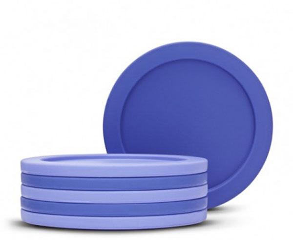 Набор подставок под стаканы Brabantia, 6 шт. 621048621048Набор подставок под стаканы Brabantia выполнены из пластика, дополнят интерьер любой кухни, привнеся в нее атмосферу уюта, и станут отличным подарком. Характеристики: Материал: пластик. Цвет: синий. Диаметр подставок: 9,5 см. Артикул: 621048. Гарантия производителя: 5 лет.