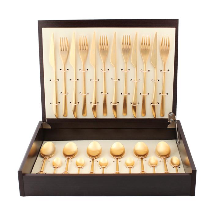 Набор столовых приборов Cutipol Icon Gold, цвет: золотистый матовый, 24 предмета92529252 ICON GOLD мат. Набор 24 пр. Характеристики: Материал: сталь. Размер: 405*295*65мм. Артикул: 9252.