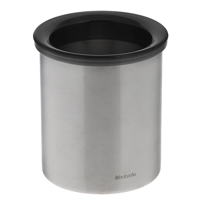 Настольный контейнер для мусора Brabantia, настольный. 371424371424Настольный контейнер для мусора Brabantia изготовлен из нержавеющей стали. Контейнер можно мыть в посудомоечной машине, предварительно сняв пластиковое кольцо. Бороться с мелким мусором станет легко. Контейнер для мусора Brabantia добавит аккуратность в ваше домашнее хозяйство. Характеристики: Материал: нержавеющая сталь, пластик. Цвет: серебристый. Диаметр контейнера: 10,5 см. Высота контейнера: 11 см. Артикул: 371424. Гарантия производителя: 5 лет.
