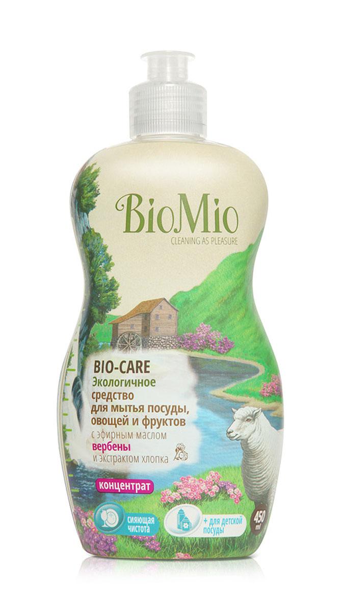 Средство для мытья посуды, овощей и фруктов BioMio, с эфирным маслом вербены, 450 млЭВ-242Многофункциональное эффективное средство BioMio с мягким безопасным действием идеально подходит для мытья детской посуды, овощей и фруктов. Концентрированная формула обеспечивает экономичный расход. Специальная формула с экстрактом хлопка обеспечивает мягкое и деликатное действие на кожу рук. Подтвержденный антибактериальный эффект с дополнительной защитой для всех членов семьи благодаря ионам серебра. Безопасно для окружающей среды. Аромат эфирного масла вербены повышает настроение, вдохновляет и настраивает на успех. Не содержит: фосфаты, агрессивные ПАВ, SLS/SLES, ПЭГ, хлор, нефтепродукты, искусственные ароматизаторы и красители. BioMio - линейка эффективных средств для дома, использование которых приносит только удовольствие. Уборка помогает не только очистить и гармонизировать свое пространство, но и себя, свои мысли, поэтому важно ее делать с радостью. Средства, созданные с любовью и заботой, помогут в этом и идеально справятся с...