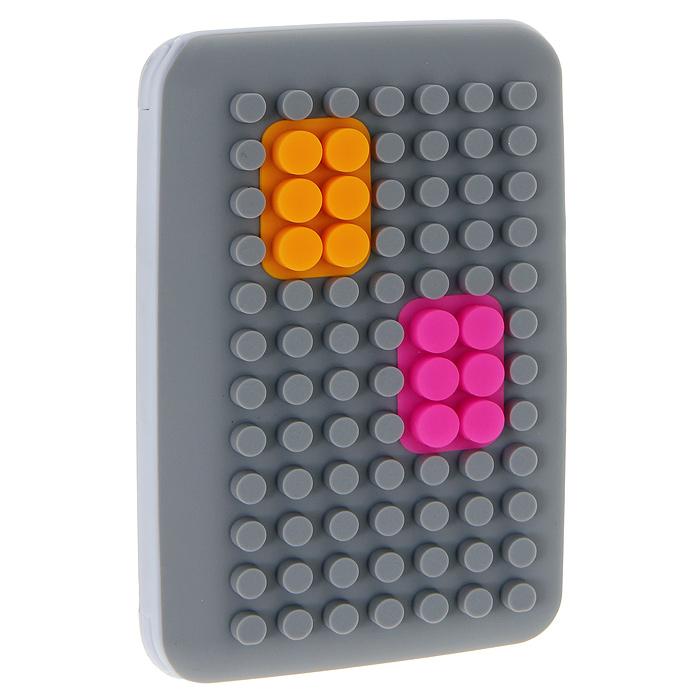 Кредитница Put In, цвет: серый. 0605037A16-11154_711Кредитница Put In выполнена из пластика серого цвета и оформлена цветными силиконовыми вставками. Внутри содержится блок из плотной бумаги на 8 карт. Кредитница закрывается на замок-защелку, расположенный на одной из боковых сторон изделия. Кредитница- это не только стильная вещь для хранения карточек, но и модный аксессуар, который подчеркнет вашу яркую индивидуальность. Характеристики:Цвет: серый.Материал: пластик, силикон, бумага.Размер блокнота: 14 см х 9 см х 1,5 см.