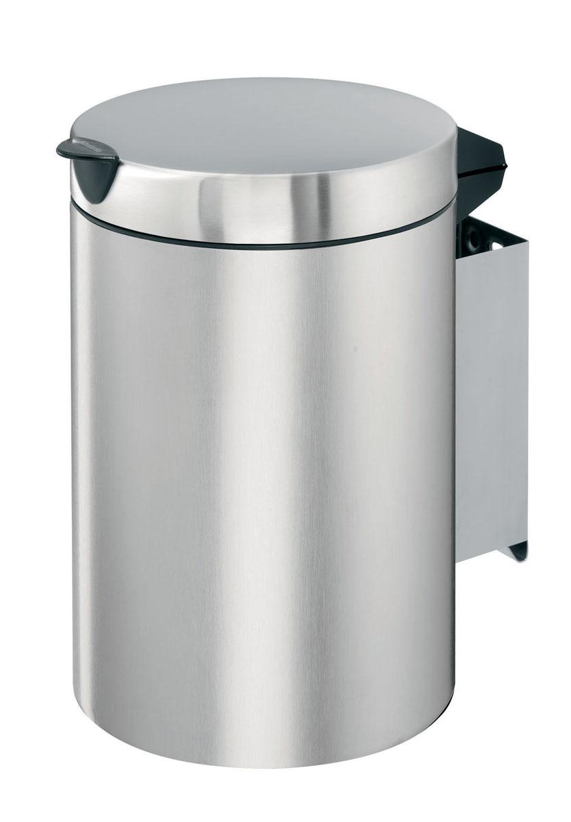 Бак мусорный Brabantia, настенный, цвет: матовая сталь, 3л313264Отличный выбор для ванной комнаты и туалета! Бесшумный не пропускающий запах бак; Удобная очистка - съемное внутреннее ведро из пластика; Настенный бак легко снимается с изготовленного из нержавеющей стали держателя для оптимальной очистки; Долговечность - изготовлен из высококачественных коррозионно-стойких материалов; Всегда опрятный вид – идеально подходящие по размеру мешки для мусора с завязками (размер A); 10-летняя гарантия. Brabantia. Характеристики: Материал: сталь. Размер: 195*195*260мм. Артикул: 313264.