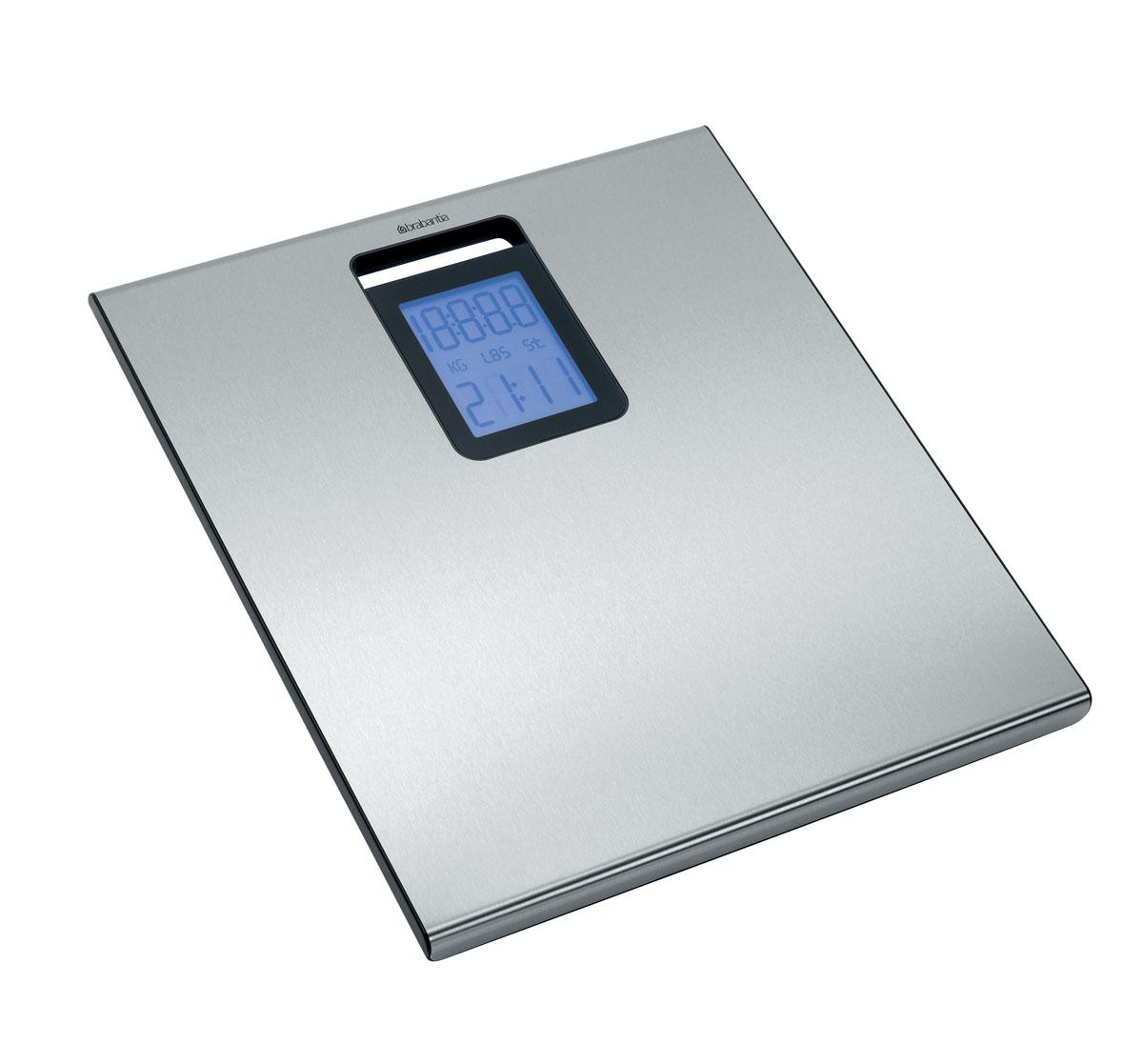Весы для ванной комнаты Brabantia419768Стильные весы для ванной комнаты Brabantia со встроенными часами имеют широкую платформу и большой дисплей с подсветкой. Автоматическое включение одним касанием. Автоматическое отключение питания, обеспечивающее экономию ресурса батарей. Просты в очистке – уникальное покрытие с защитой от отпечатков пальцев. Отличная устойчивость – прочные защитные противоскользящие колпачки. Большой предел взвешивания (макс 160 кг). Изделие поставляется с комплектом батарей (4 x AAA 1,5 V). Компактны при хранении – в комплект входит кронштейн для крепления к стене. Просты в использовании – четкая пошаговая инструкция. Изготовлены из долговечных коррозионностойких материалов.