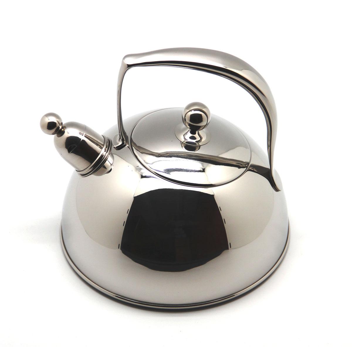 Чайник Silampos Жасмин со свистком, 2 л411307302620Чайник Silampos Жасмин изготовлен из высококачественной нержавеющей стали. Этот материал обладает высокой стойкостью к коррозии и кислотам. Прочность, долговечность и надежность этого материала, а также первоклассная обработка обеспечивают практически неограниченный запас прочности и неизменно привлекательный внешний вид. Чайник оснащен ручкой удобной формы. Благодаря широкому верхнему отверстию, в чайник удобно заливать воду и прочищать его изнутри. Носик чайника имеет свисток, оповещающий о закипании воды. Можно использовать на газовых, электрических, галогенных, стеклокерамических, индукционных плитах. Не рекомендуется мыть в посудомоечной машине.