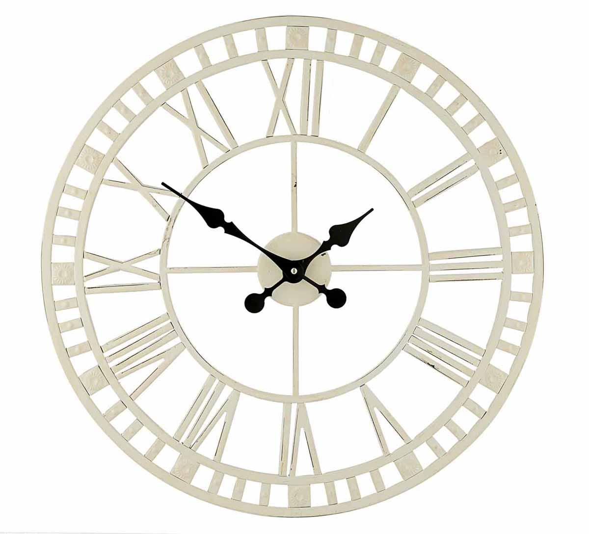 Часы настенные Gardman Claremont, цвет: белый, диаметр 59 см. 1718717187Кварцевые настенные часы Gardman Claremont перфорированной конструкции выполнены из металла, окрашенного в белый цвет. Такие часы отлично украсят интерьер гостиной, офиса или сада. Подходят для уличного декора. Часы оформлены римскими цифрами и имеют две стрелки - часовую и минутную. Часы Gardman Claremont станут замечательным дизайнерским решением для декора сада, дачи или гостиной дома. Характеристики: Материал: металл. Цвет: белый. Диаметр часов: 59 см. Рекомендуется докупить одну батарейку типа АА (в комплект не входит). Товары для садоводства от Gardman - это вещи, сделанные с любовью, с истинно английской практичностью, основанной на глубоких традициях садоводства Великобритании. Эти товары широко известны садоводам Европы, США, Канады и Японии. Демократичные цены и продуманный ассортимент Gardman завоевал признательность и российского покупателя, достойного хороших, качественных вещей. В ассортименте Gardman...
