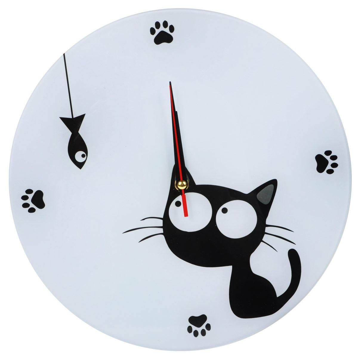 Часы настенные Котенок с рыбкой, стеклянные, цвет: черный, белый. 9554795301Оригинальные настенные часы Котенок с рыбкой круглой формы выполнены из стекла и оформлены изображением котенка и рыбки. Часы имеют три стрелки - часовую, минутную и секундную. Циферблат часов не защищен. Необычное дизайнерское решение и качество исполнения придутся по вкусу каждому. Оформите свой дом таким интерьерным аксессуаром или преподнесите его в качестве презента друзьям, и они оценят ваш оригинальный вкус и неординарность подарка. Характеристики:Материал: пластик, стекло. Диаметр: 28 см. Тихий ход. Работают от батарейки типа АА (в комплект не входит).