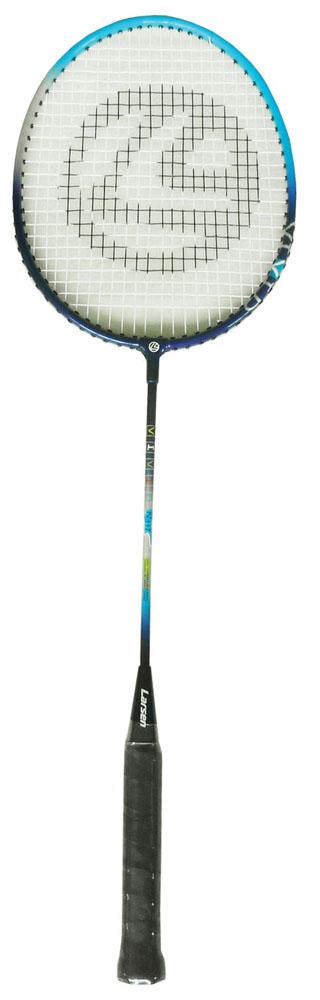 Ракетка для бадминтона Larsen 317VIVID, цвет: черный, голубой52454Ракетка бадминтонная Larsen 317VIVID, длинной 665 мм, состоит из алюминиевого обода и стального стержня. Баланс ракетки 275 - 280 мм. Рекомендуемое натяжение производителем составляет 18-20 lbs/8-9 кг. Ракетка бадминтонная Larsen 317VIVID рассчитана на игроков начального уровня.