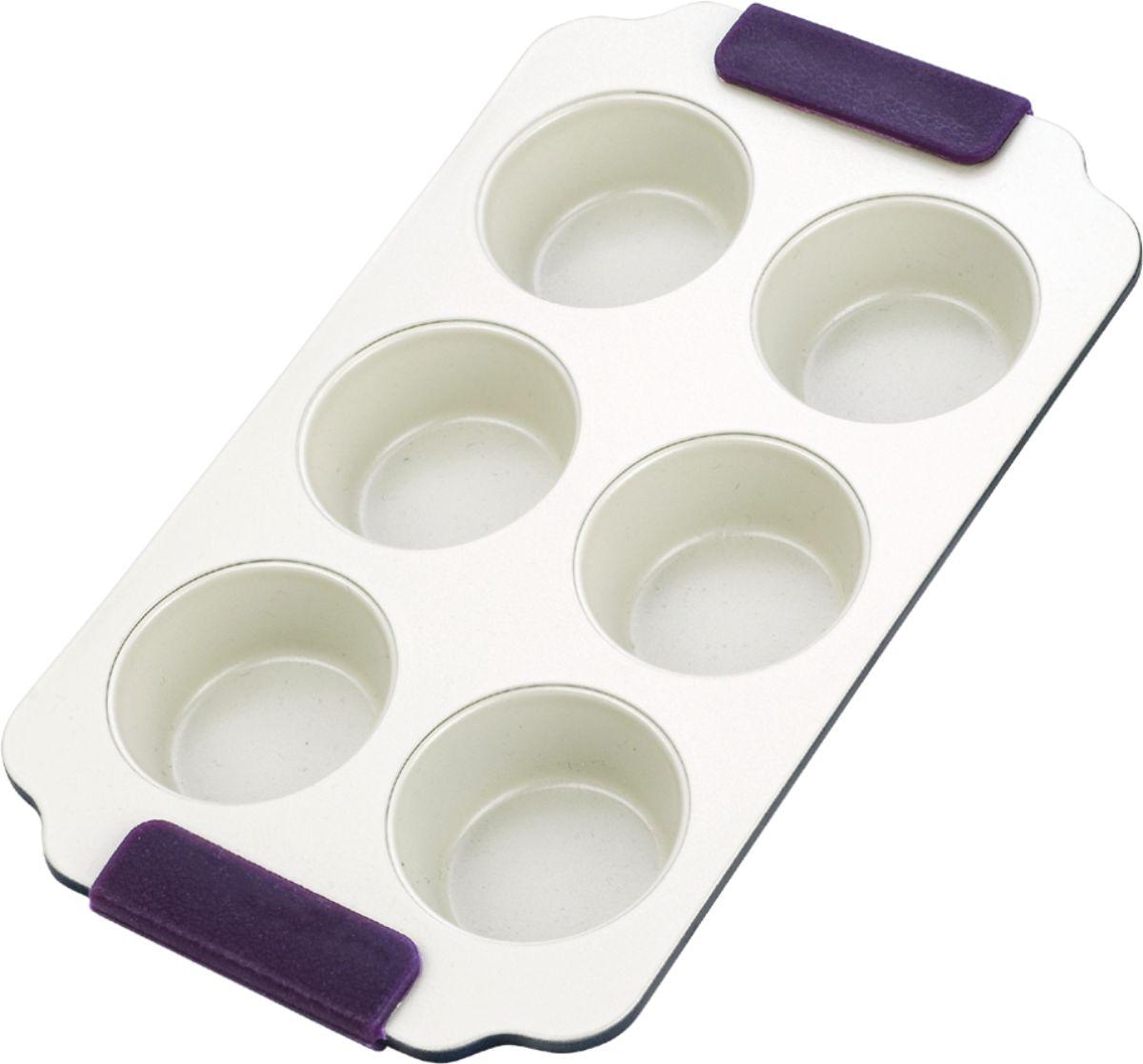 Форма для выпечки кексов Vitesse, цвет: синий, 6 ячеек. VS-1965VS-1965Прямоугольная форма для выпечки кексов Vitesse изготовлена из высококачественной углеродистой стали. Форма содержит 6 круглых ячеек для кексов. Внутреннее керамическое покрытие Eco-Cera светло-серого цвета, позволяющее готовить при температуре 220°С, не оставляет послевкусия, делает возможным приготовление блюд без масла, сохраняет витамины и питательные вещества. Такое покрытие абсолютно безопасно для здоровья человека и окружающей среды, так как не содержит вредной примеси PFOA и имеет низкое содержание CO в выбросах при производстве. Керамическое покрытие обладает высокой прочностью и устойчивостью к царапинам. Кроме того, с таким покрытием пища не пригорает и не прилипает к стенкам. Готовить можно с минимальным количеством подсолнечного масла. Высокотехнологичное внешнее покрытие, подвергшееся температурной обработке, устойчиво к механическим повреждениям. Удобные ручки оснащены съемными силиконовыми вставками. Простая в уходе и долговечная в использовании...